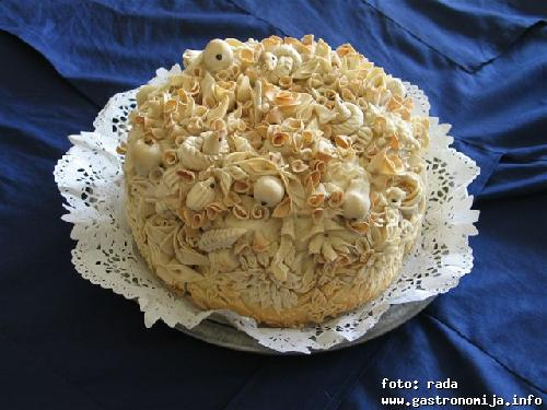 Slavski kolac-pogaca za slavu